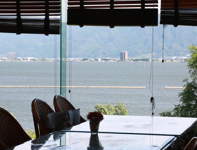カーサ・デ・ソル湖浜(高齢者向け賃貸マンション)5階食堂・ホールから見える景色