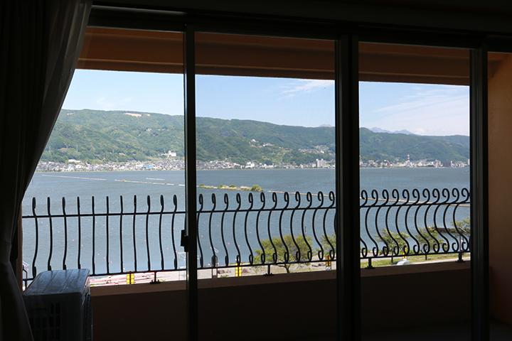 居室の窓から見える景色