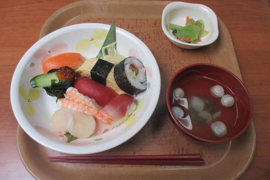 29.3.10寿司バイキング1