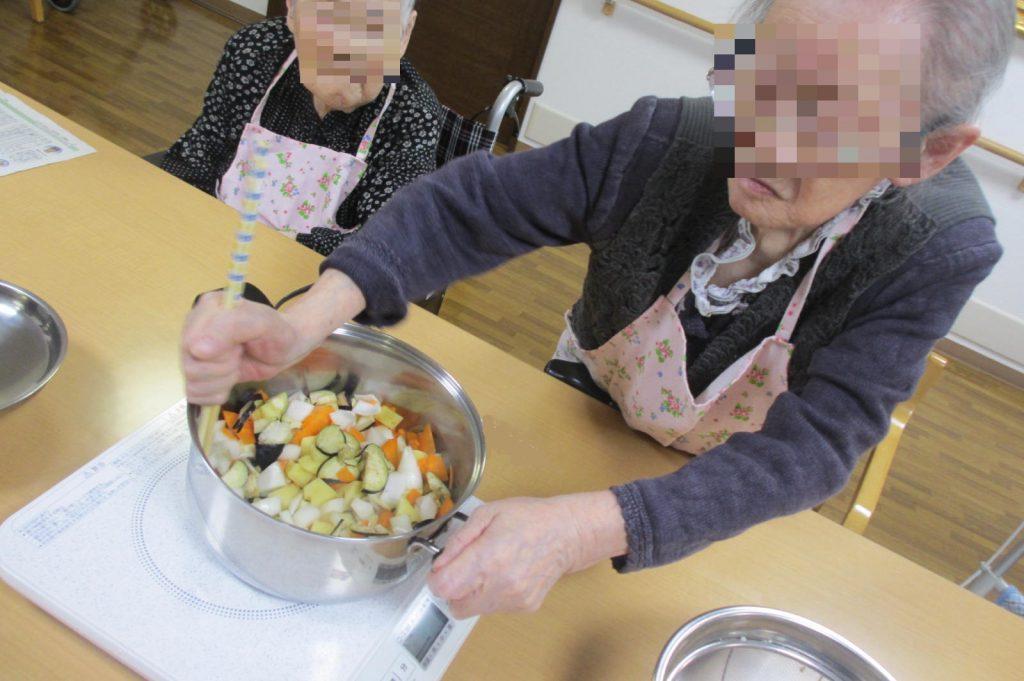29.7.10お昼作り炒め